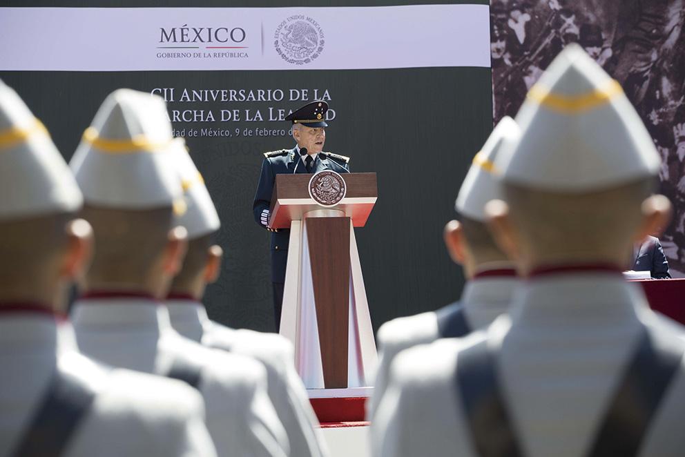 """Photo of """"El Ejército Mexicano es el pueblo mismo"""": General Cienfuegos"""