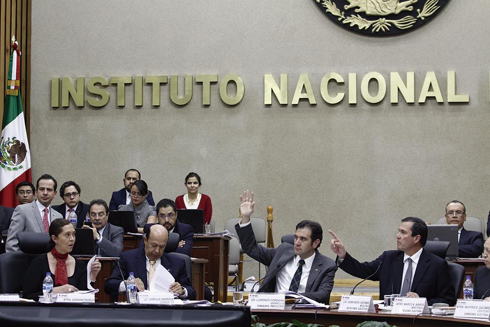 """Photo of """"Primero es la Democracia que los partidos políticos"""": Lorenzo Córdova, Presidente del INE"""