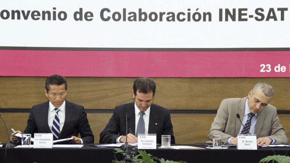 Photo of Celebran el INE y el SAT Convenio de colaboración