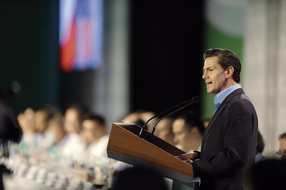 """Photo of """"Para hacer frente a los retos que impone este siglo, construiremos el Gobierno del Siglo XXI"""": Enrique Peña Nieto"""