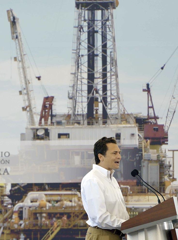 Photo of Lozoya reconoce la tarea positiva de los trabajadores petroleros
