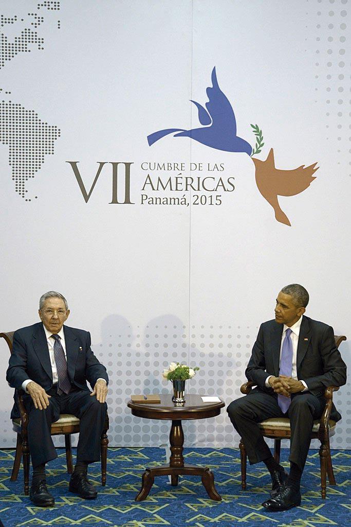 """Photo of """"Ha sido una reunión histórica"""", dice Obama; """"Estamos de acuerdo en lo esencial"""", expresa Raúl"""
