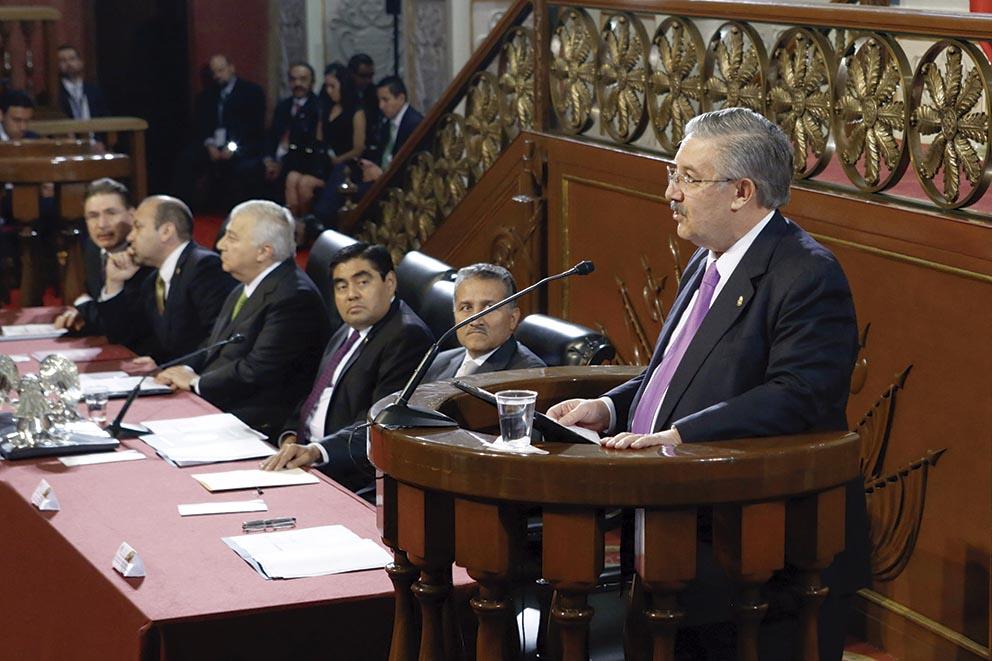 """Photo of """"Consolidemos libertades, justicia y bienestar del pueblo y para el pueblo"""", dice el Presidente de la Suprema Corte, Luis María Aguilar Morales"""