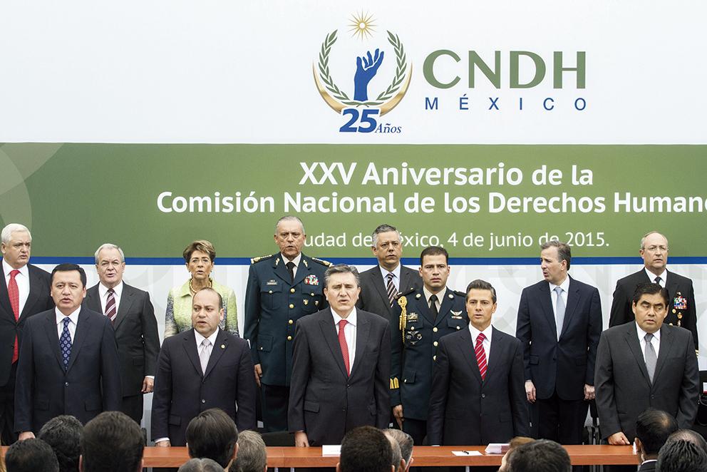 Photo of Los Derechos Humanos son la Piedra Angular del quehacer de ésta Administración: Enrique Peña Nieto