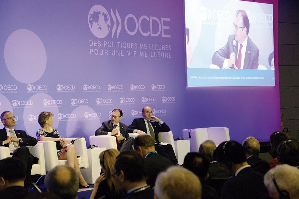 Photo of México está creciendo al 2.5%, señala Videgaray en la OCDE