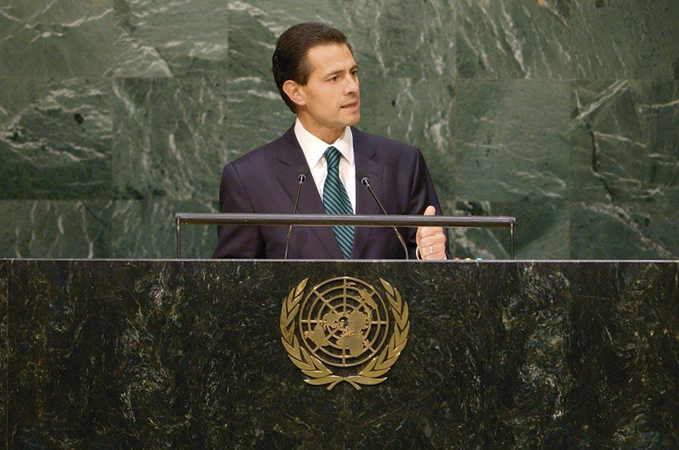 Photo of El Presidente de México advierte al mundo contra populismos de izquierda o derecha