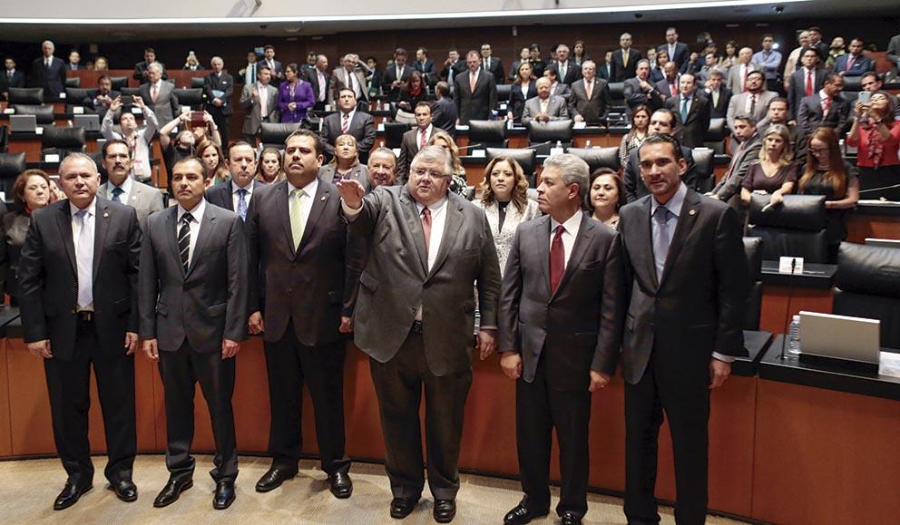 Photo of Agustín Carstens es ratificado en el Banco de México