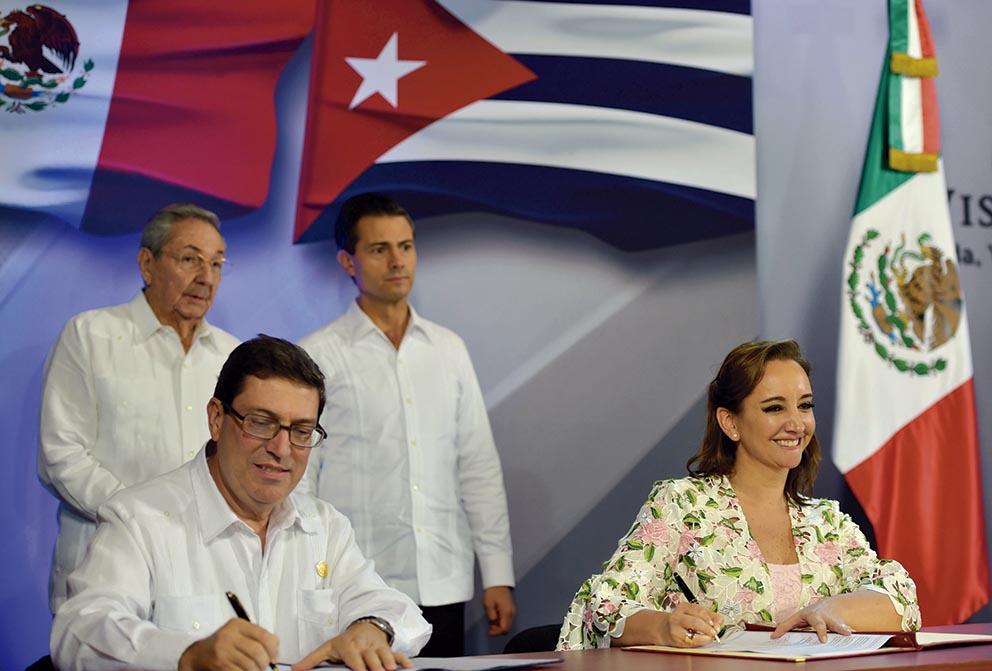 Photo of México y Cuba firmaron 14 instrumentos de cooperación bilateral para ampliar, mejorar y fortalecer la relación entre ambos países
