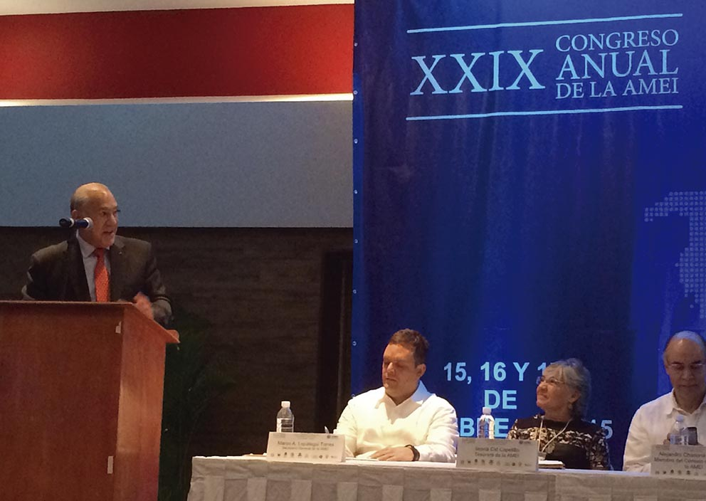 """Photo of La OCDE propone a México legislar para """"que las multinacionales paguen y no evadan impuestos"""""""