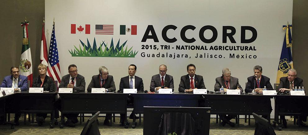 Photo of Se reúnen en Jalisco Secretarios de Agricultura de 45 provincias de México, Canadá y Estados Unidos