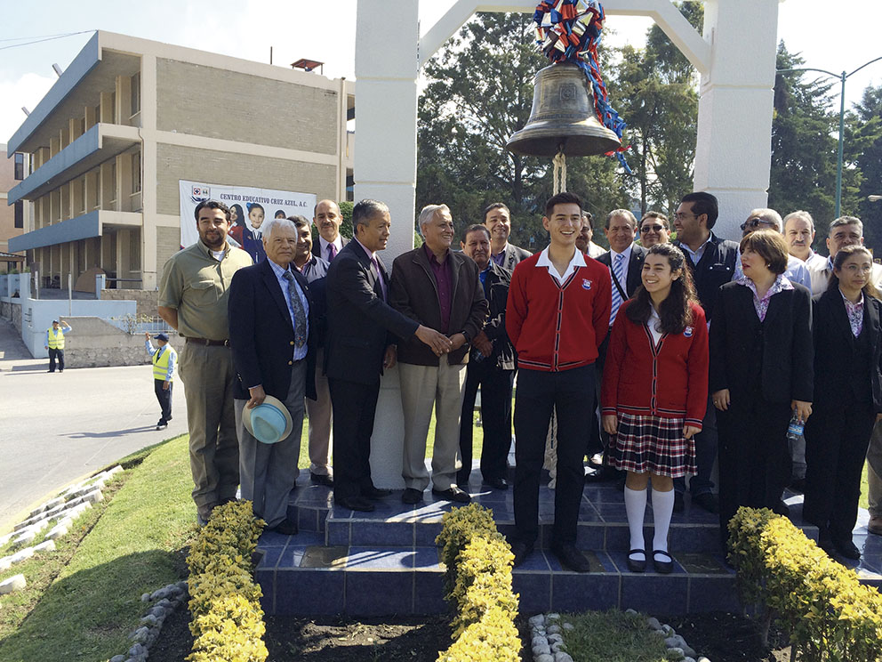 Photo of Cooperativa Cruz Azul y Rotarios de México, por La Paz Mundial