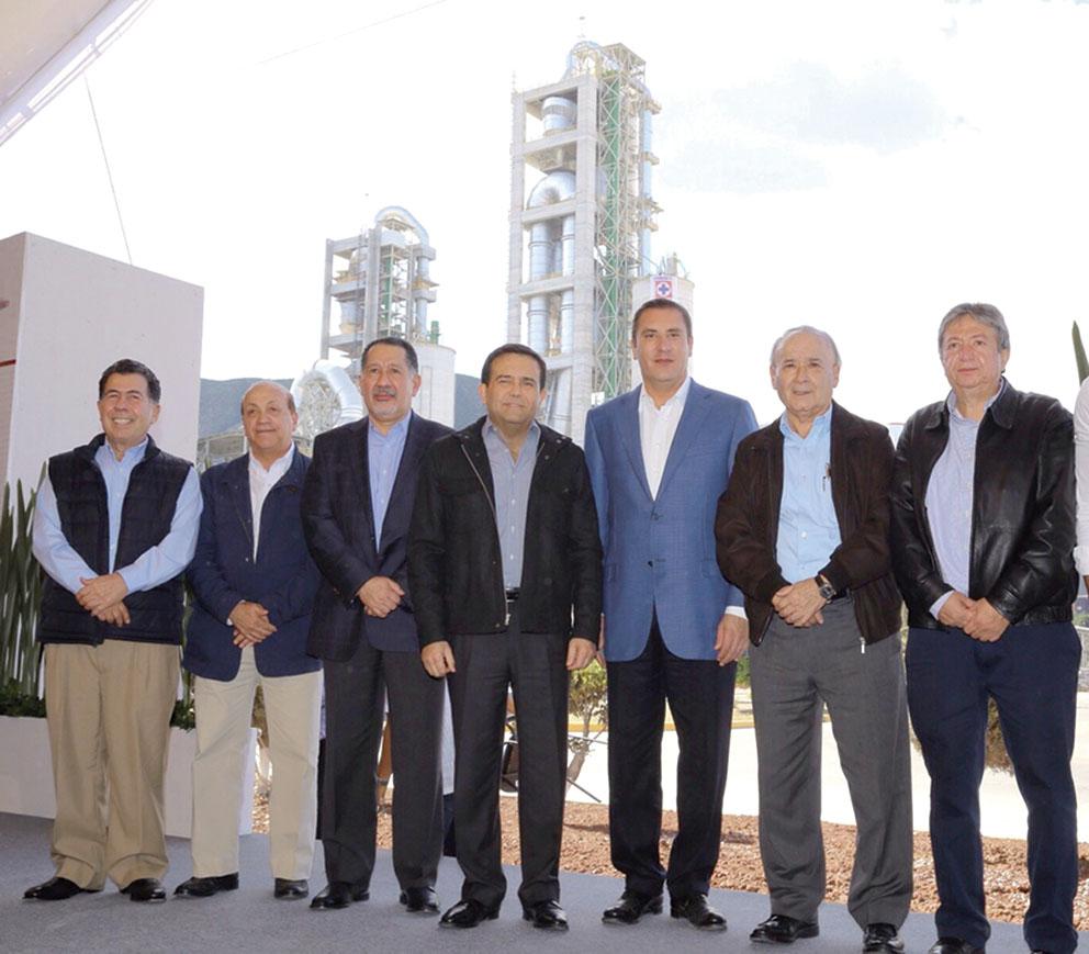 """Photo of Se Inaugura la Segunda Línea de Producción de cemento de CYCNA de Oriente de la Cooperativa """"La Cruz Azul"""""""