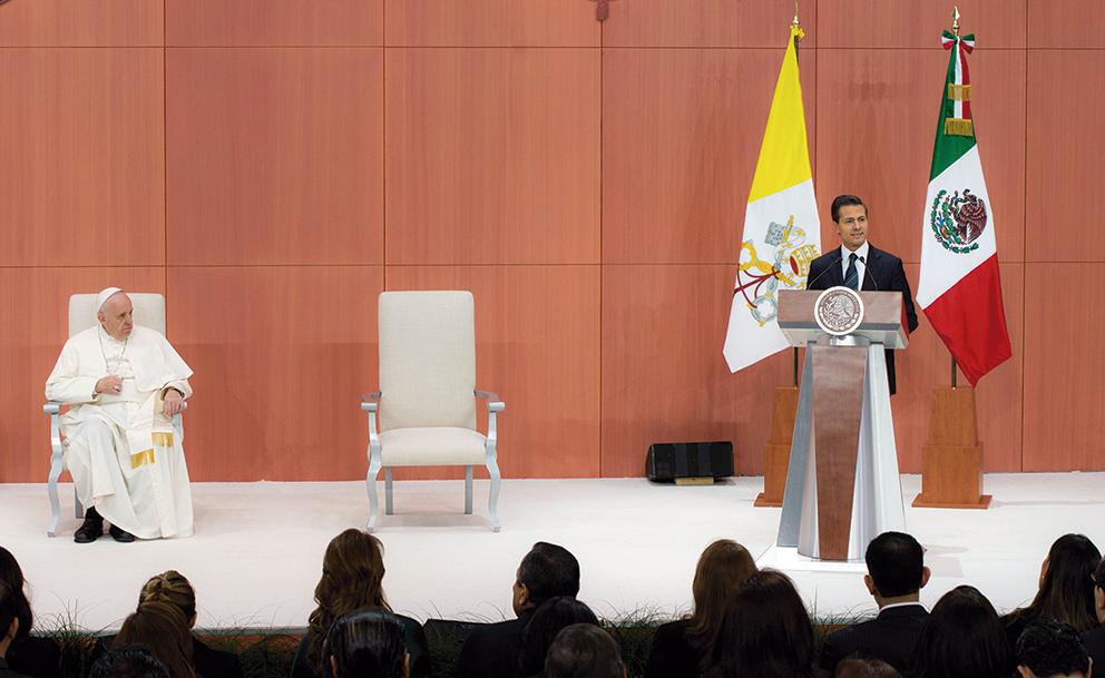 """Photo of """"Como Jefe de Estado, México reconoce su Investidura"""", dice Enrique Peña Nieto al Papa"""