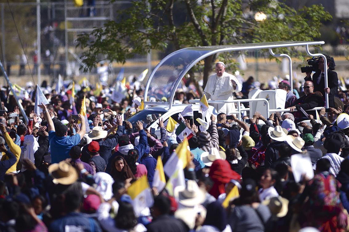 """Photo of """"Vencer las injusticias con la solidaridad"""", dice el Papa en San Cristóbal"""