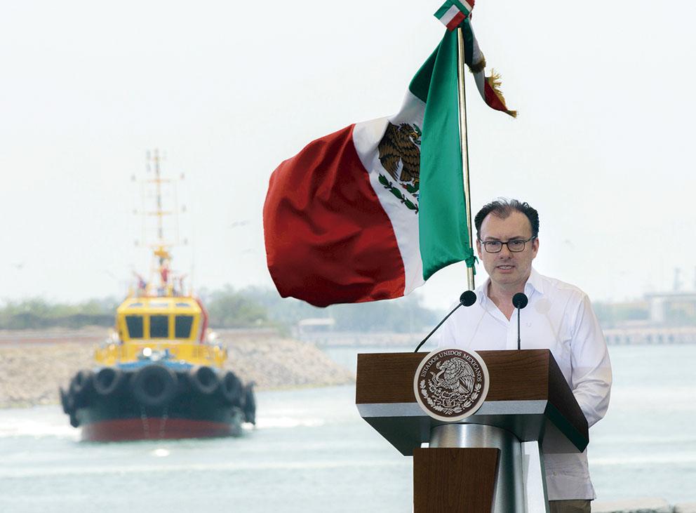 Photo of Promulga el Presidente Enrique Peña Nieto la Ley Federal de Zonas Económicas Especiales
