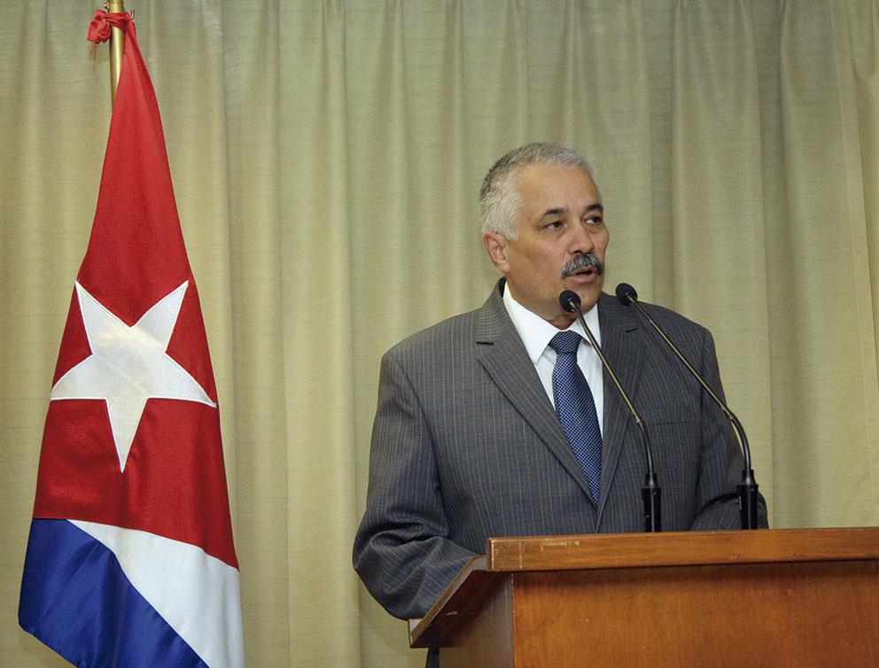 Photo of Declaración del Embajador de la República de Cuba en México, Dagoberto Rodríguez Barrera, sobre el bloqueo económico, comercial y financiero de los Estados Unidos de América contra su nación