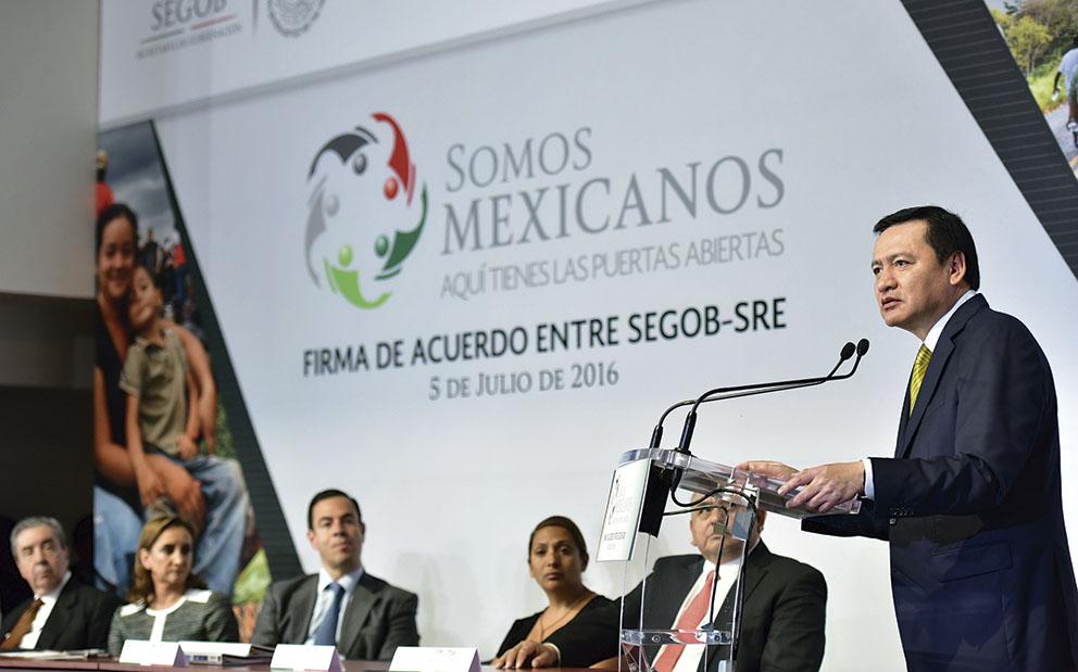 """Photo of """"Los mexicanos cuentan con el respaldo del Gobierno Mexicano, sin importar donde se encuentren"""": Miguel Ángel Osorio Chong"""