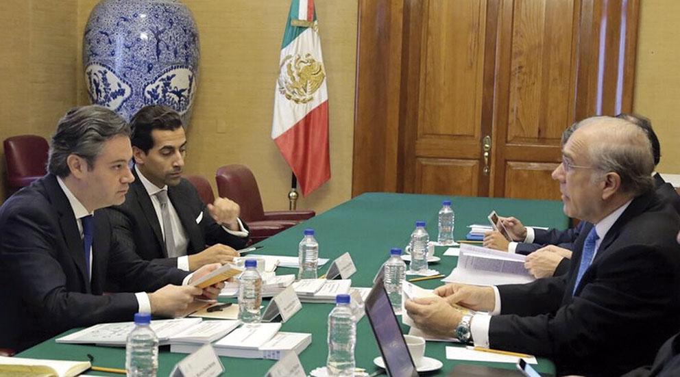 Photo of Coinciden Nuño y Gurría en la urgencia de consolidar la Reforma Educativa para garantizar la competitividad del país