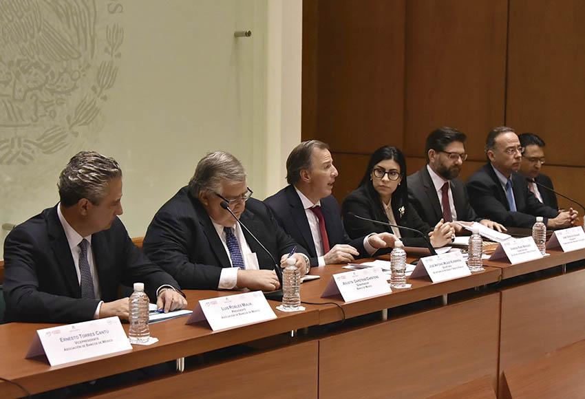 """Photo of """"Los mercados reconocen los fundamentos de la economía nacional así como las autoridades que dirigen la economía mexicana"""":Asociación de Bancos de México"""