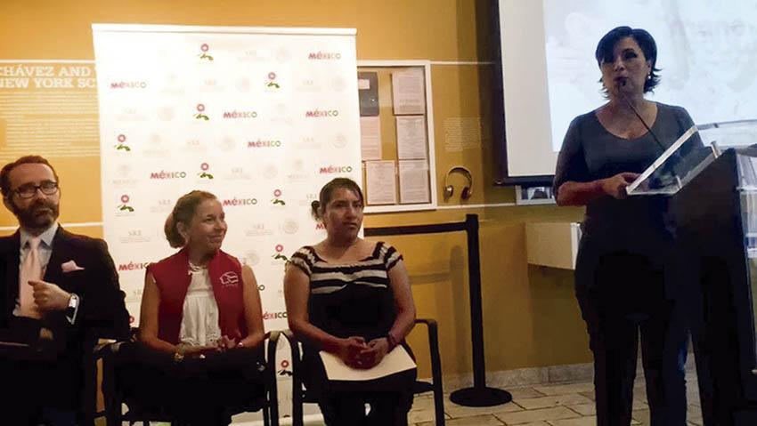Photo of Gobierno de la República en encuentro con migrantes en Nueva York promueve esquema de vivienda
