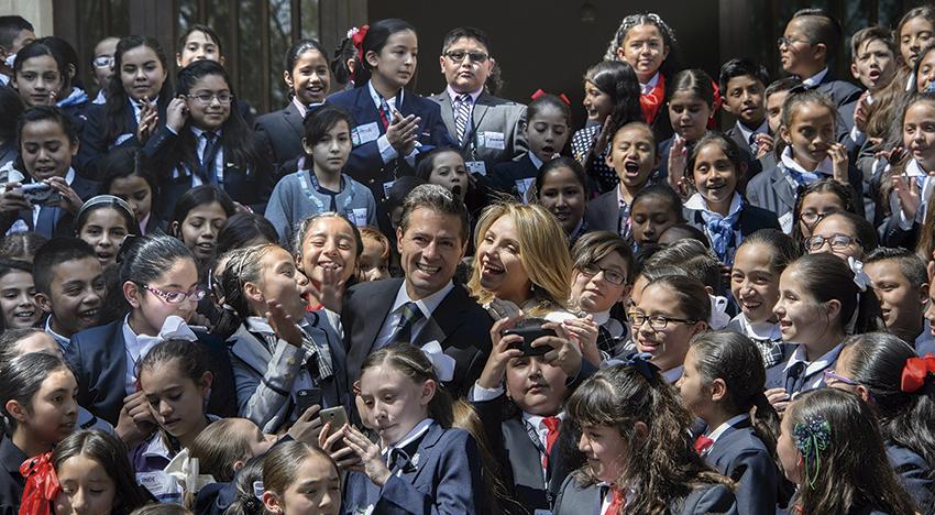 """Photo of """"La Ley General de los Derechos de Niñas, Niños y Adolescentes es reconocida internacionalmente"""": Angélica Rivera de Peña Nieto"""
