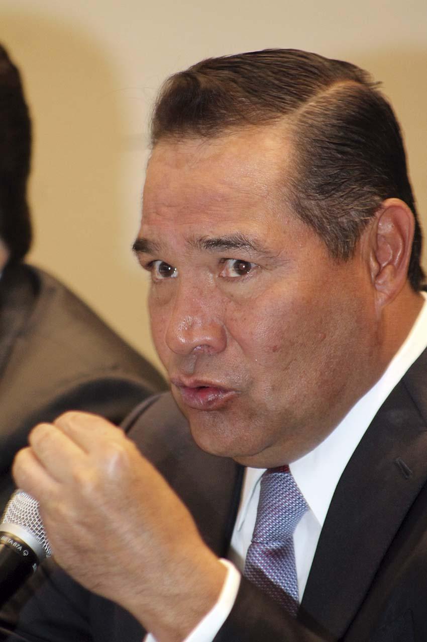 Photo of Luis Enrique Miranda anuncia logros en materia de reducción de pobreza