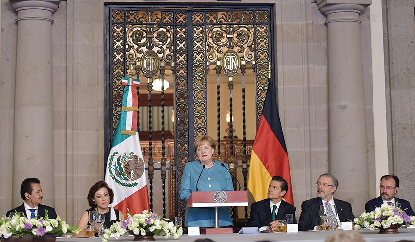 """Photo of """"Se inicia una relación más estrecha entre México y Alemania"""": Canciller Angela Merkel"""