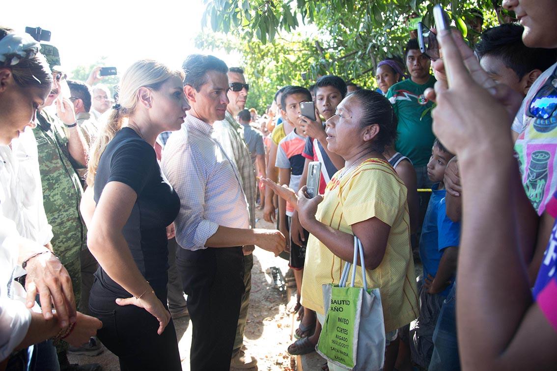 Photo of Se ha avanzado ya en el levantamiento del Censo de Damnificados en los Estados de Oaxaca y Chiapas por el sismo del pasado jueves: EPN