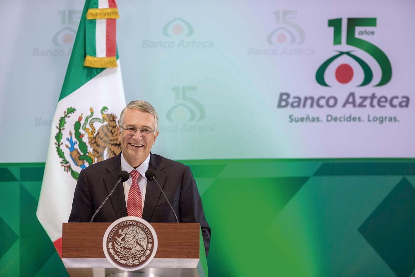 Photo of Ricardo Salinas Pliego: crédito a grandes grupos humanos