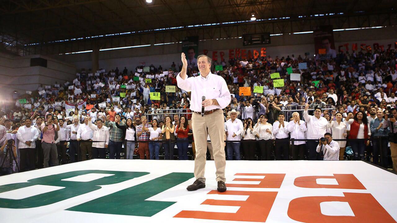 Photo of José Antonio Meade anuncia programas para la juventud y los maestros en Acapulco