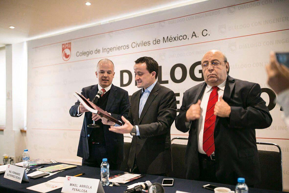 Photo of Ante el Colegio de Ingenieros, Mikel Arriola Pre Candidato del PRI a CDMX explicó cómo financiar los 5 Compromisos del Pacto para Transformar la Gran Ciudad