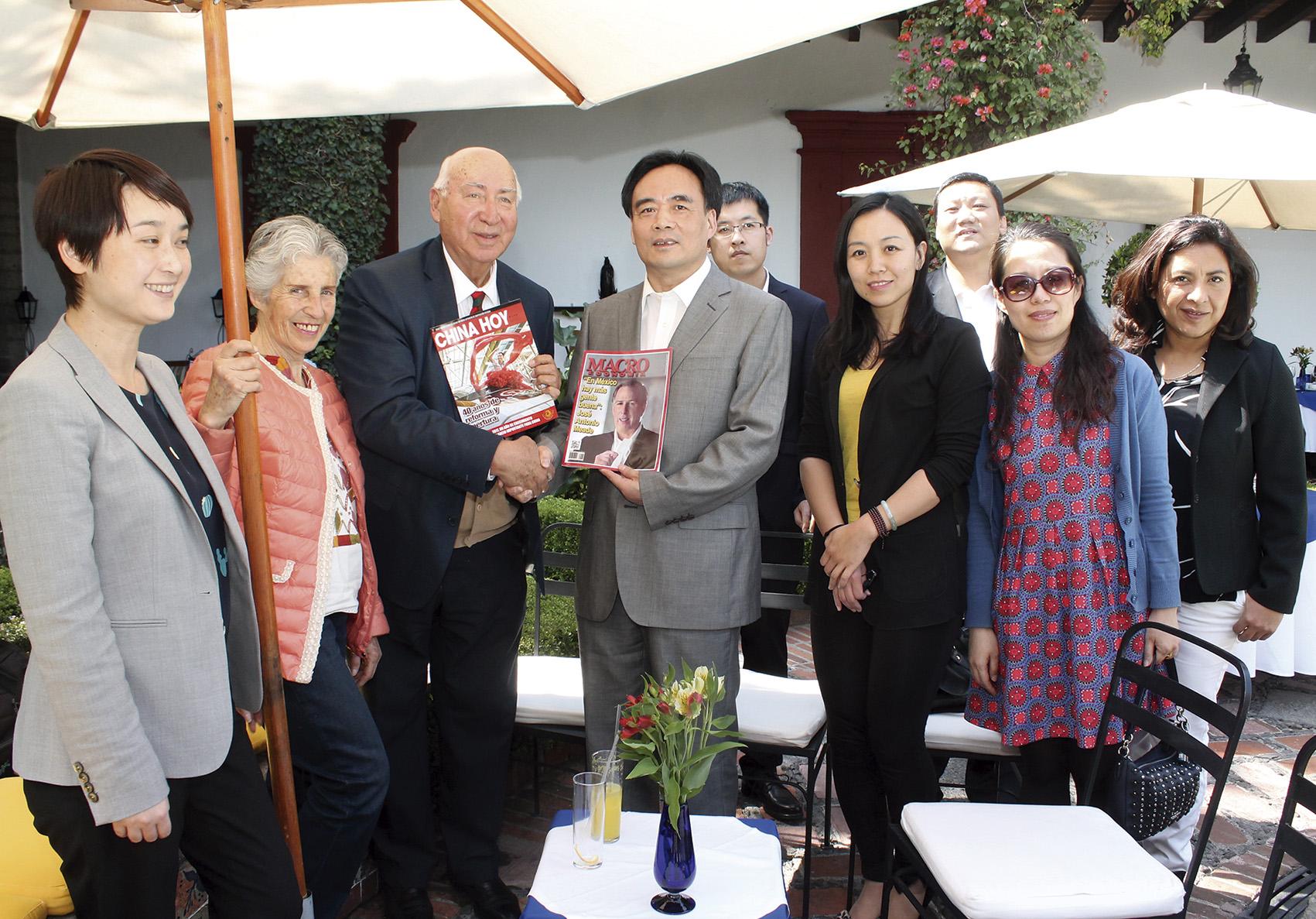 Photo of La Revista Macroeconomía y la Revista China Hoy confirman sus lazos de cooperación y amistad
