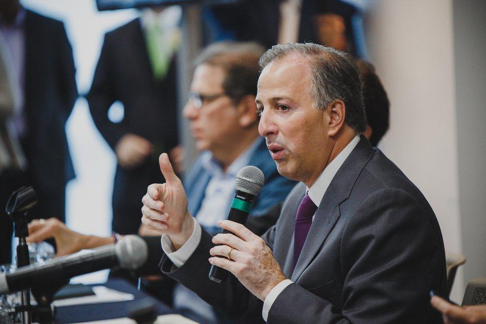 """Photo of """"Yo estoy del lado de las víctimas, López Obrador de los criminales"""":José Antonio Meade Kuribreña"""