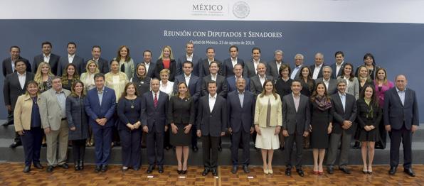 Photo of Reunión con Diputados y Senadores Electos por el PRI