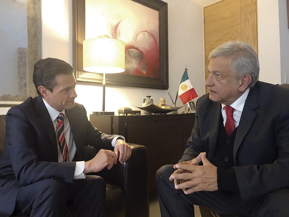 Photo of Invitó Andrés Manuel López Obrador al Presidente Enrique Peña Nieto a comer a su casa (miércoles 12 de noviembre de 2018)