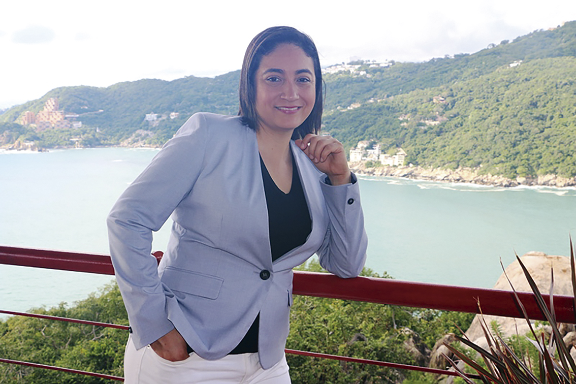 Photo of Azucena Salazar, una guerrera con vista al mar