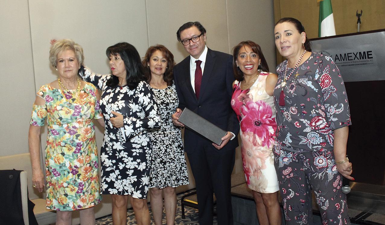 Photo of Panorama Económico del país se expone ante la Asociación Mexicana de Mujeres Empresarias
