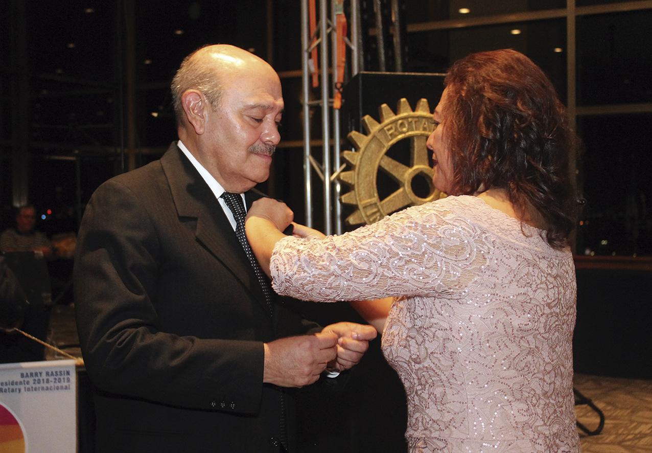"""Photo of El Doctor Roberto Vega y Galina toma el timón del Club Rotario """"Plateros Centro Histórico"""""""