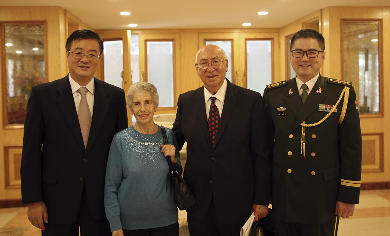 """Photo of """"El Ejército de la República Popular China nunca buscará el predominio mundial; está en favor de la paz, la cooperación internacional y la soberanía de las naciones"""""""