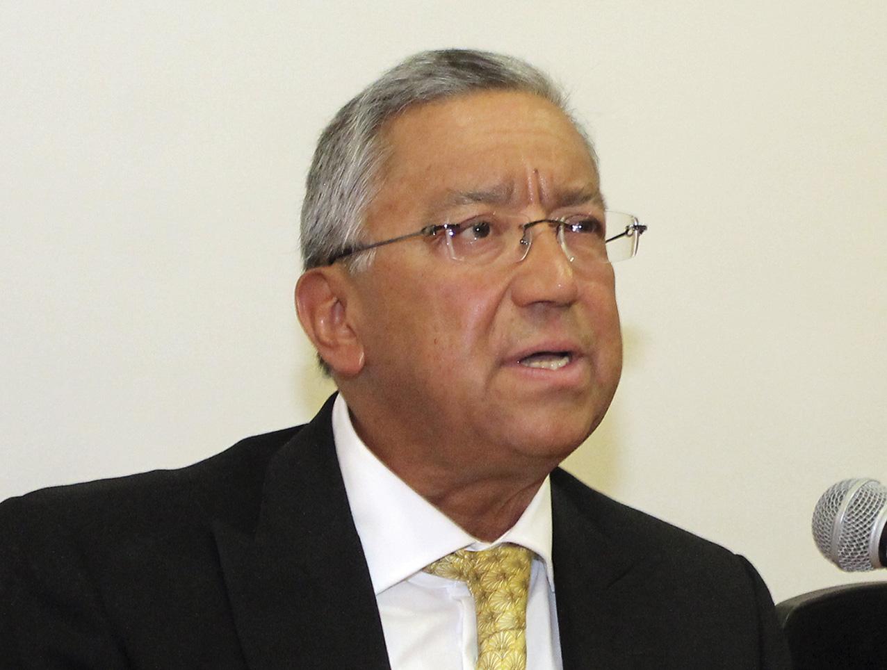 """Photo of El Dr. Alejandro Romero Gudiño presenta ante el INAP el libro: """"Teoría, Evidencia y Prospectiva de la Fiscalización y Rendición de Cuentas en México"""""""