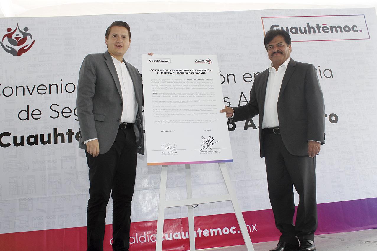 Photo of El Alcalde Francisco Chíguil de Gustavo A. Madero y Néstor Núñez, de Cuauhtémoc, firman convenio de colaboración para inhibir el delito