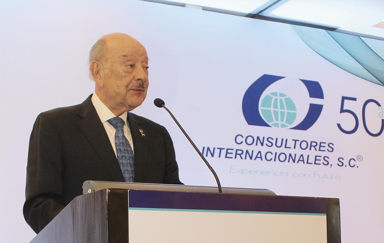 Photo of Julio A. Millán Bojalil realizó la hazaña Empresarial: 50 Aniversario de Consultores Internacionales, S.C.