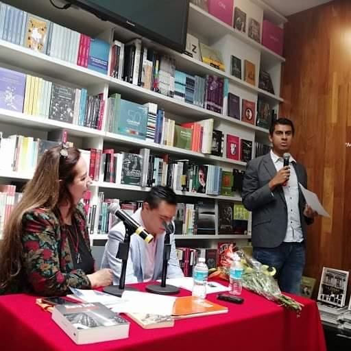Photo of La escritura giratoria de Isaac de María Benavides Lazcano