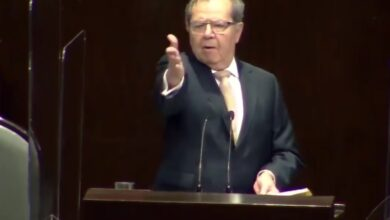 Photo of Porfirio da cátedra a los diputados y la Cámara le rinde homenaje