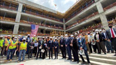 Photo of Ceremonia de finalización de la estructura del edificio de la Nueva Embajada de Estados Unidos en México