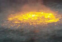 Photo of Fuego en el mar, provocado por fuga de un ducto submarino de PEMEX en la Sonda de Campeche